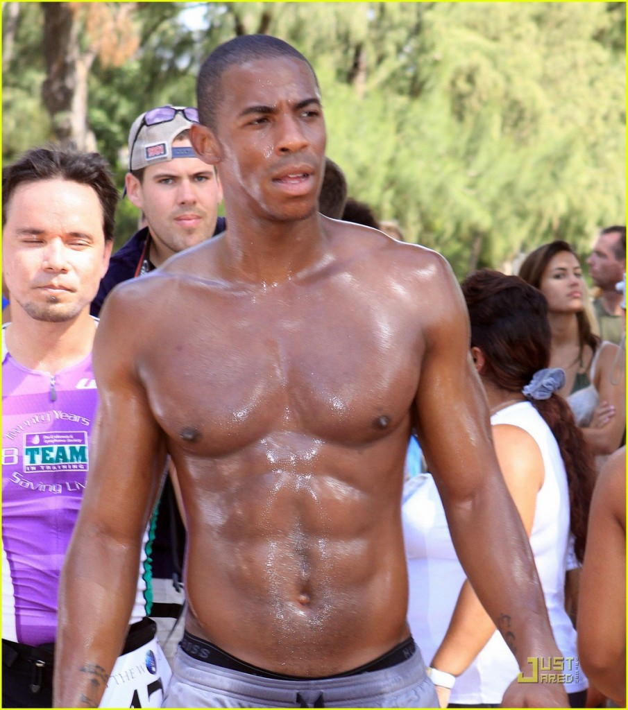 mehcad brooks shirtless