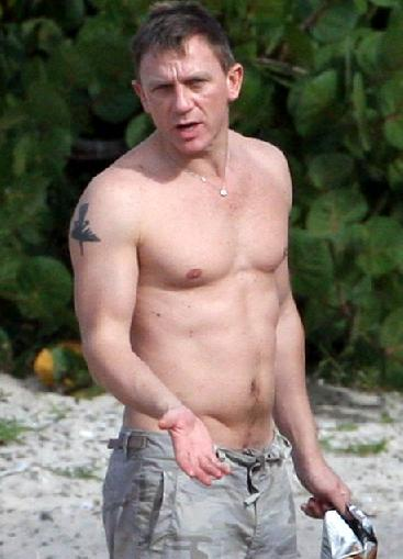 Daniel craig naked pictures #4