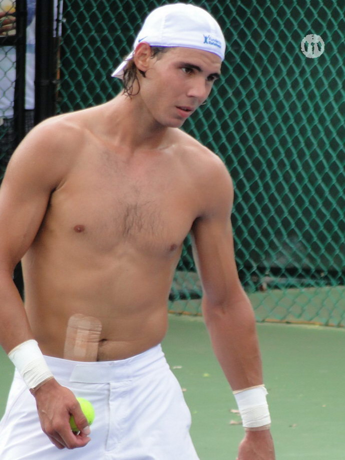 Rafael Nadal shirtless