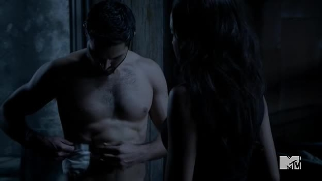 Tyler Hoechlin Shirtless